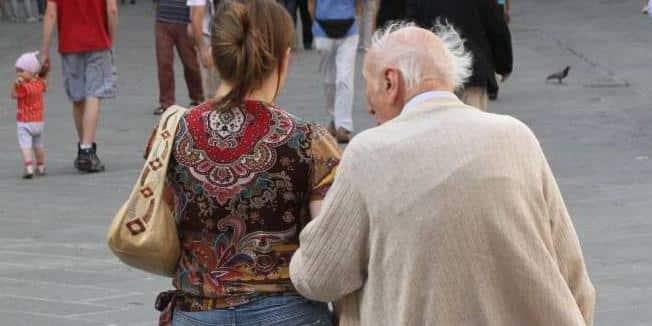96enne chiede il divorzio e l'ottiene perchè la moglie, più giovane di 41 anni, non ha mai voluto consumare