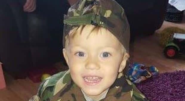 Bimbo di 4 anni muore subito dopo essere stato dimesso dall'ospedale, per i medici era necessaria solo una tachipirina