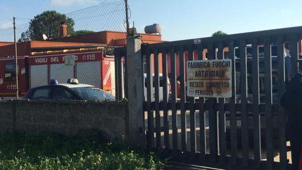 Lecce forte boato, esplode una fabbrica di fuochi d'artificio, muore figlio del titolare 19 enne, due persone gravemente ferite