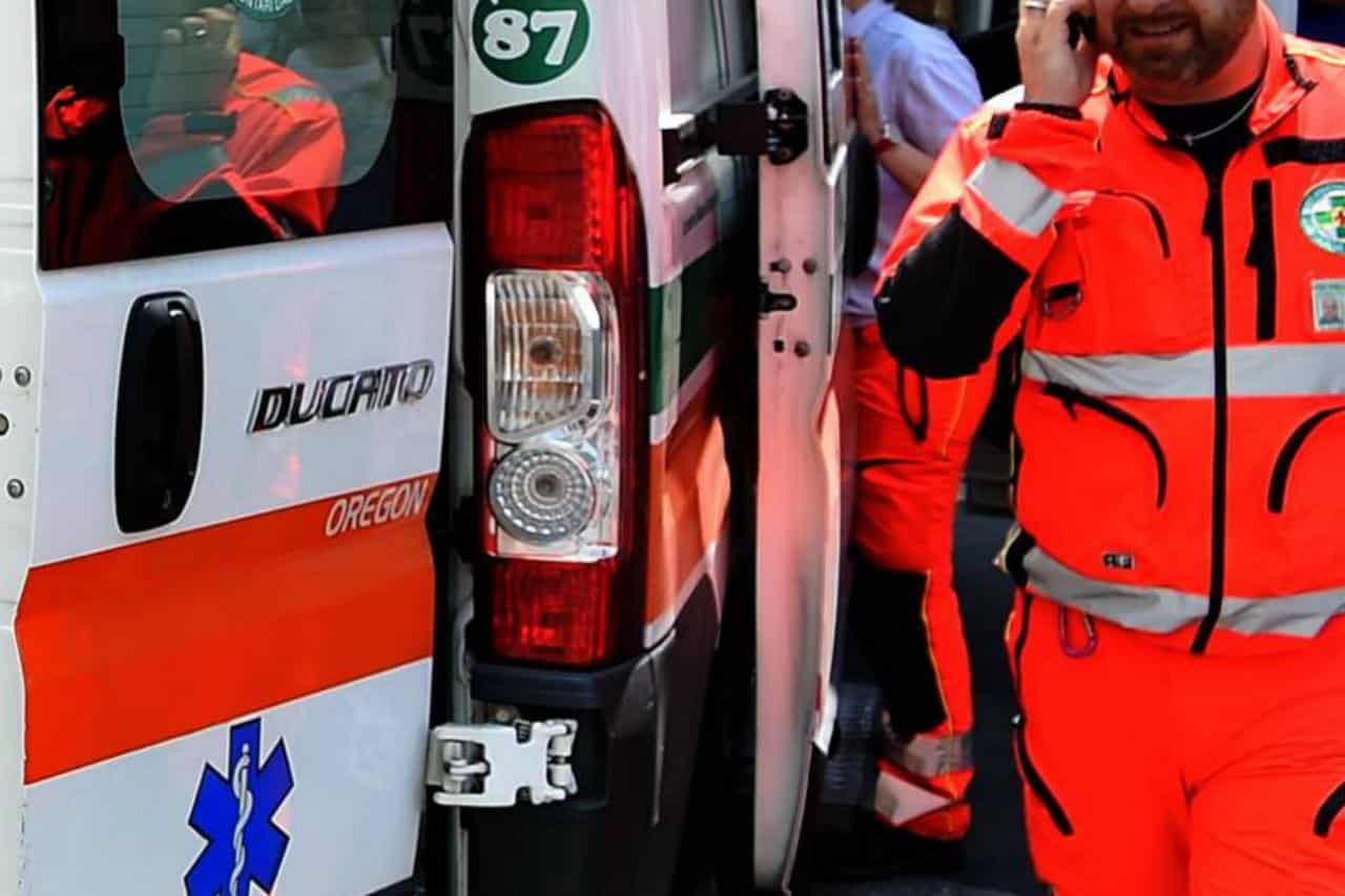 Puglia, Gps indica indirizzo errato, ambulanza arriva in notevole ritardo, muore donna di 54 anni