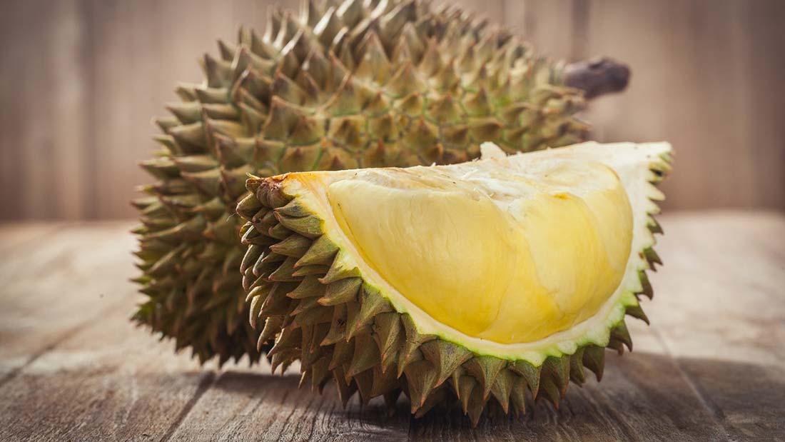 Aereo non parte per la puzza nauseabonda, si scopre che proviene da un particolare frutto, il Duriam