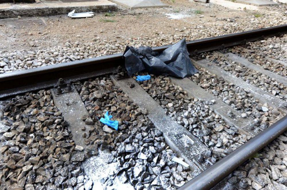 16 enne si suicida gettandosi sotto il treno, per lo choc il ragazzo compie lo stesso gesto nello stesso luogo due giorni dopo