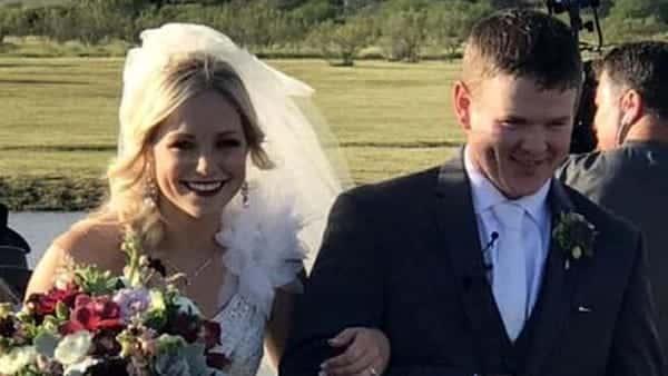 Tragico destino, pochi minuti dopo il si, giovane coppia di sposi muore per un incidente