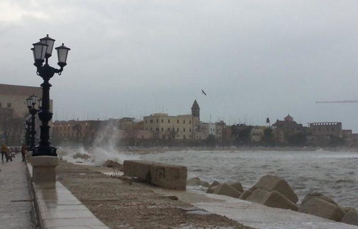 Puglia allerta meteo, da domani  arriva il freddo polare, venti forti, pioggia e possibili nevicate
