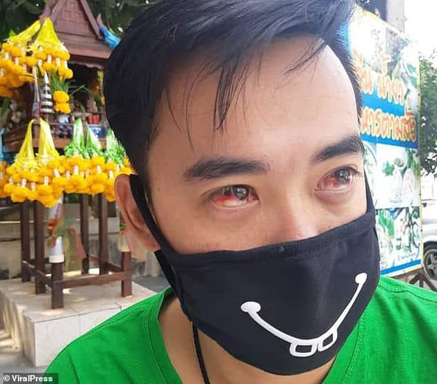 Paura a Bangkok  per una spessa nube di smog, parecchi cittadini tossiscono e starnutiscono sangue