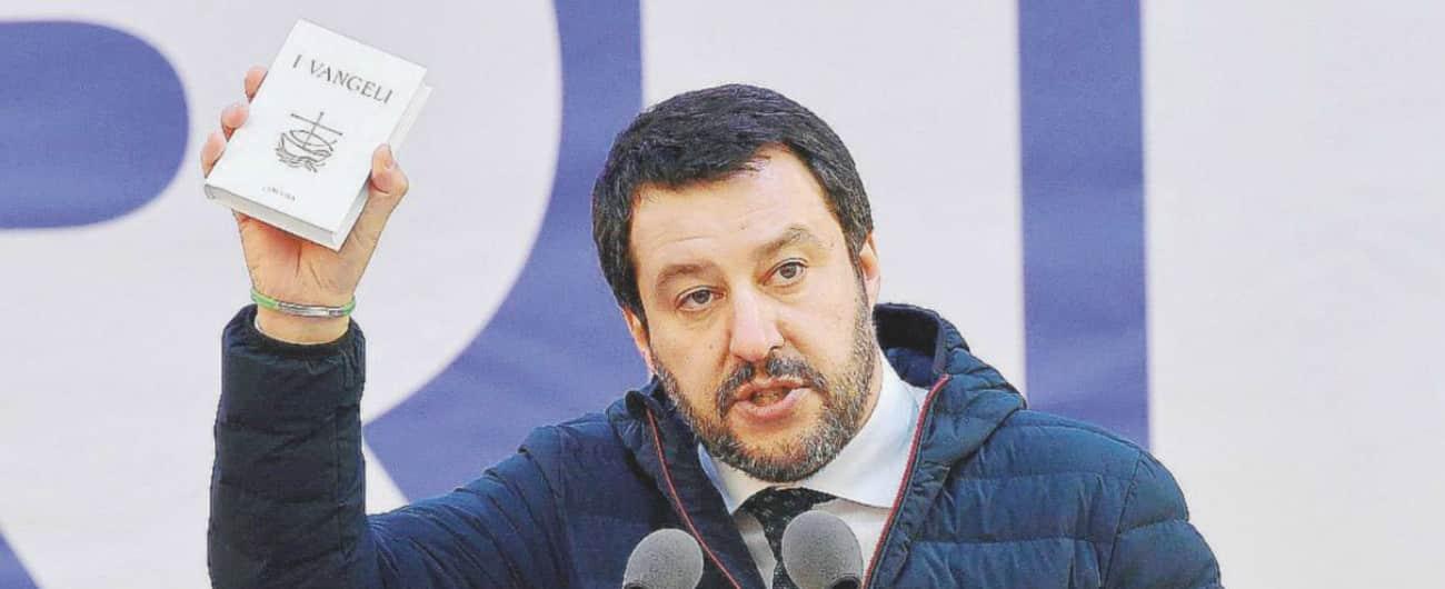Scritte razziste contro una coppia che ha adottato un africano, la madre la colpa è solo di un uomo, Salvini