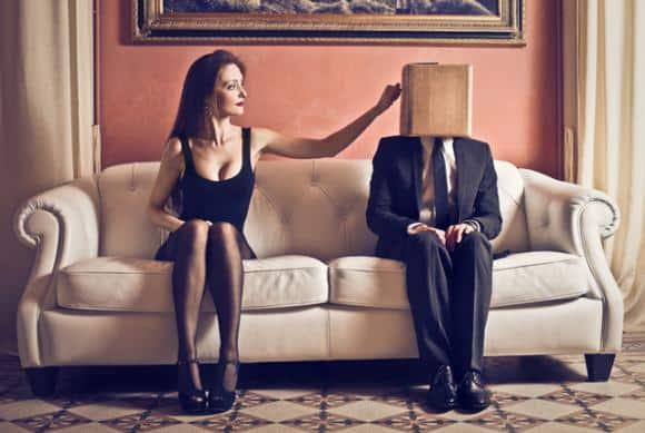 Dopo un anno di nozze chiede il divorzio perché la moglie è troppo  timida nel consumare il matrimonio