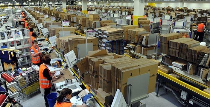 Amazon gli spedisce prodotti del valore di 4.500 euro ma lui non aveva ordinato nulla, cosa accade