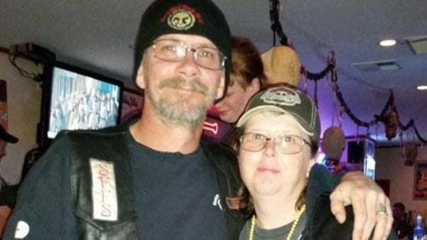 Il marito scompare all'improvviso, riappare dopo 9 anni con una foto sui social, lei fa scoperta sconvolgente