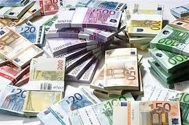 Colf riceve per errore uno stipendio di 225mila euro, cosa fa dopo è da non credere