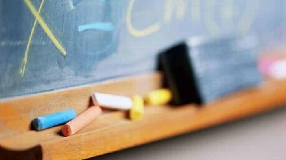 Professoressa punisce tre studentesse 12enni spedendole dal Preside, la vendetta delle ragazzine è agghiacciante