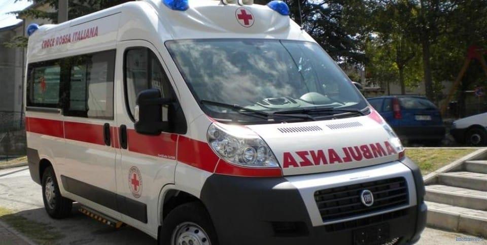 Dramma in famiglia, bimbo di 5 anni muore soffocato in casa mentre stava mangiando una brioche