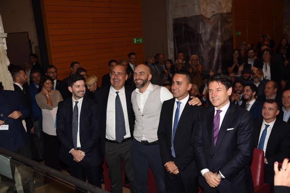 """Elezioni Umbria, """"dopo la grande mazzata"""" Giuseppe Conte sicuro si difende,  se salto non c'è nessun altro Premier ma incombe l'ombra di Draghi"""