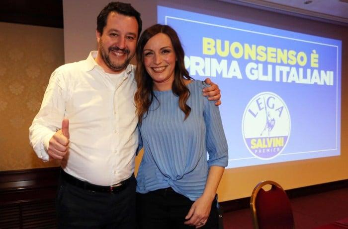 """Salvini gioca a Risiko, dopo la conquista dell'Umbria, da oggi attacca l'Emilia e dice """"Faremo la storia"""""""