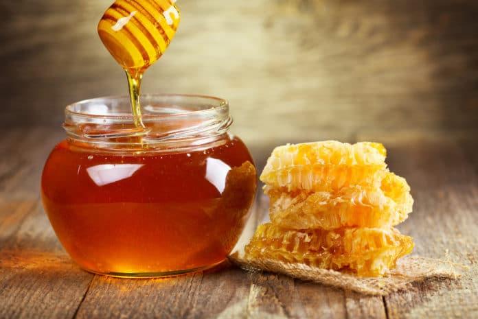 Con la dieta del miele si perde 1Kg e mezzo a settimana, l'importante è assumerlo così