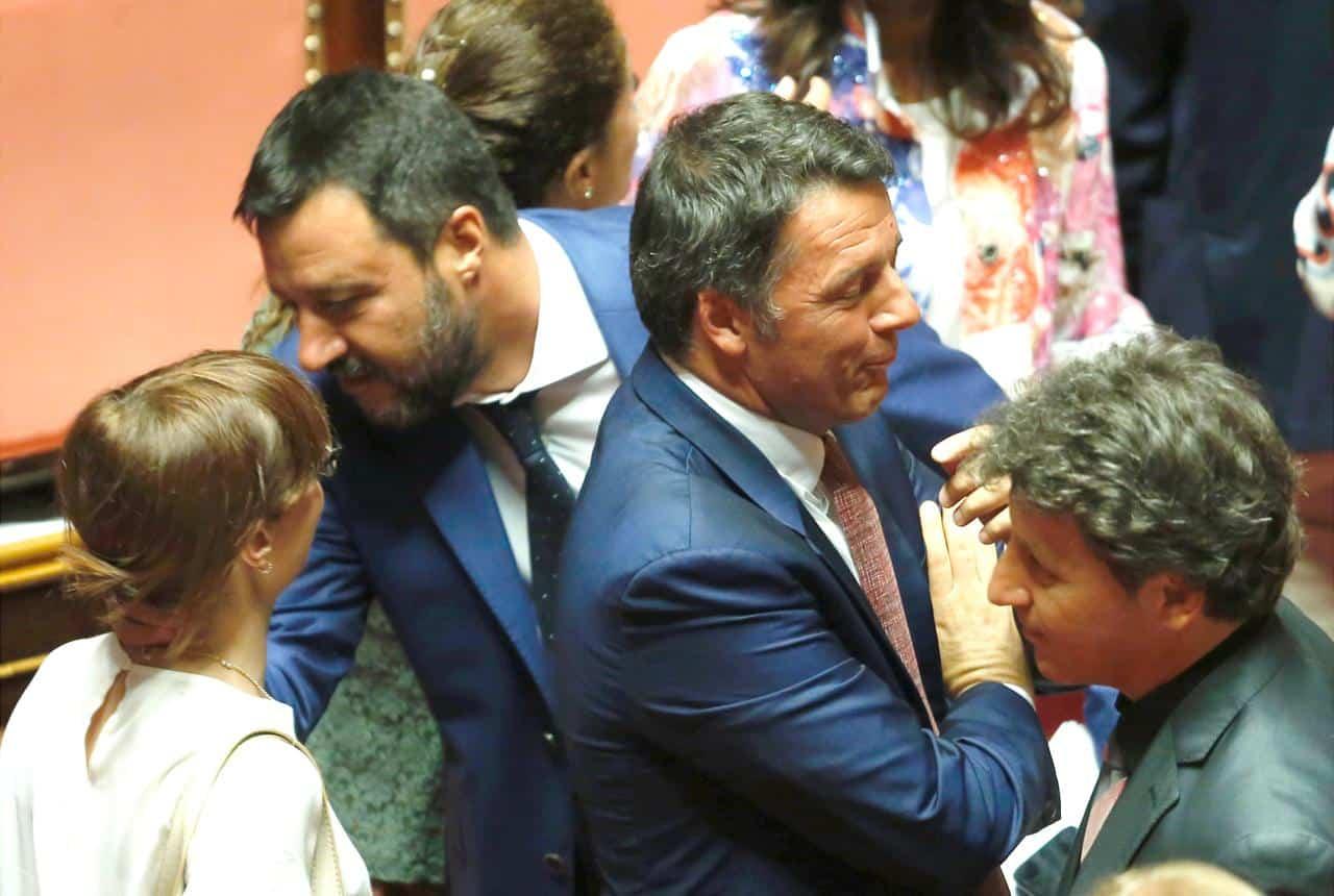 """Vento di crisi, Matteo Renzi stufo di Conte e Zingaretti, """"basta, faccio accordo con Salvini per elezioni subito dopo referendum"""""""