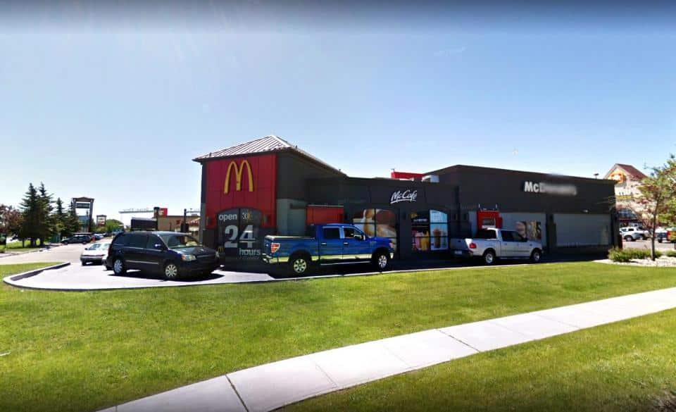 Al McDonald's commesso un grave errore, servito un detersivo al posto di un cappuccino a una donna incinta
