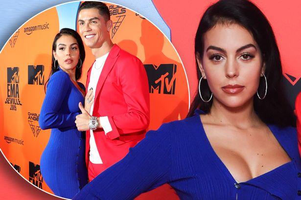 Cristiano Ronaldo e Giorgina si sarebbero sposati in gran segreto, lui cambia il suo testamento ma la madre è molto arrabbiata