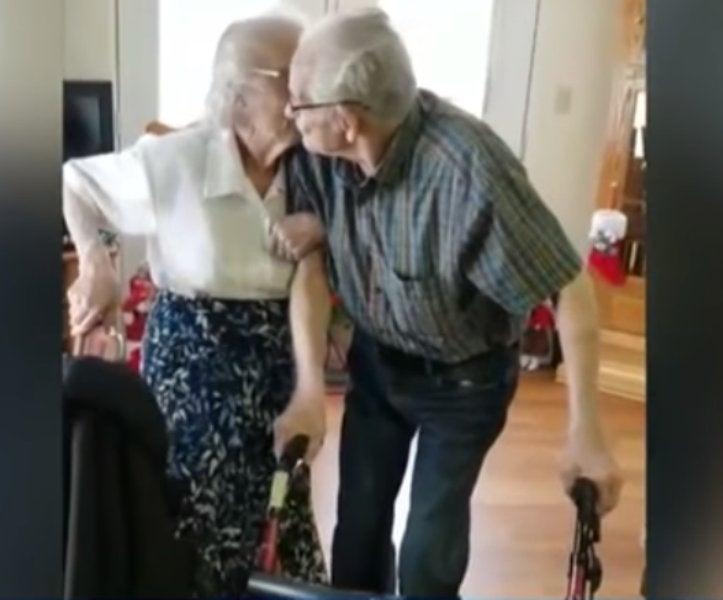 Vivono insieme per 69 anni ma ora la burocrazia li obbliga a separarsi