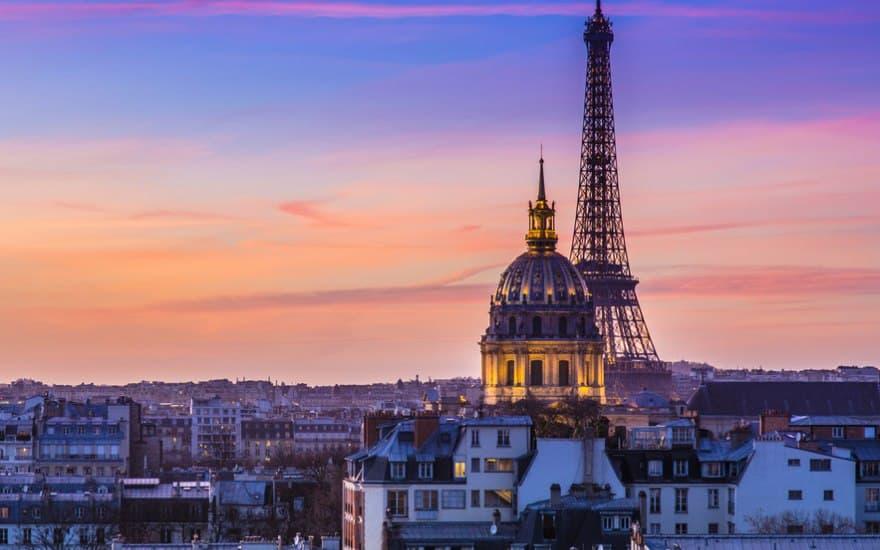 Compra una meravigliosa casa a Parigi ma trova al suo interno una macabra sorpresa, il cadavere del precedente inquilino