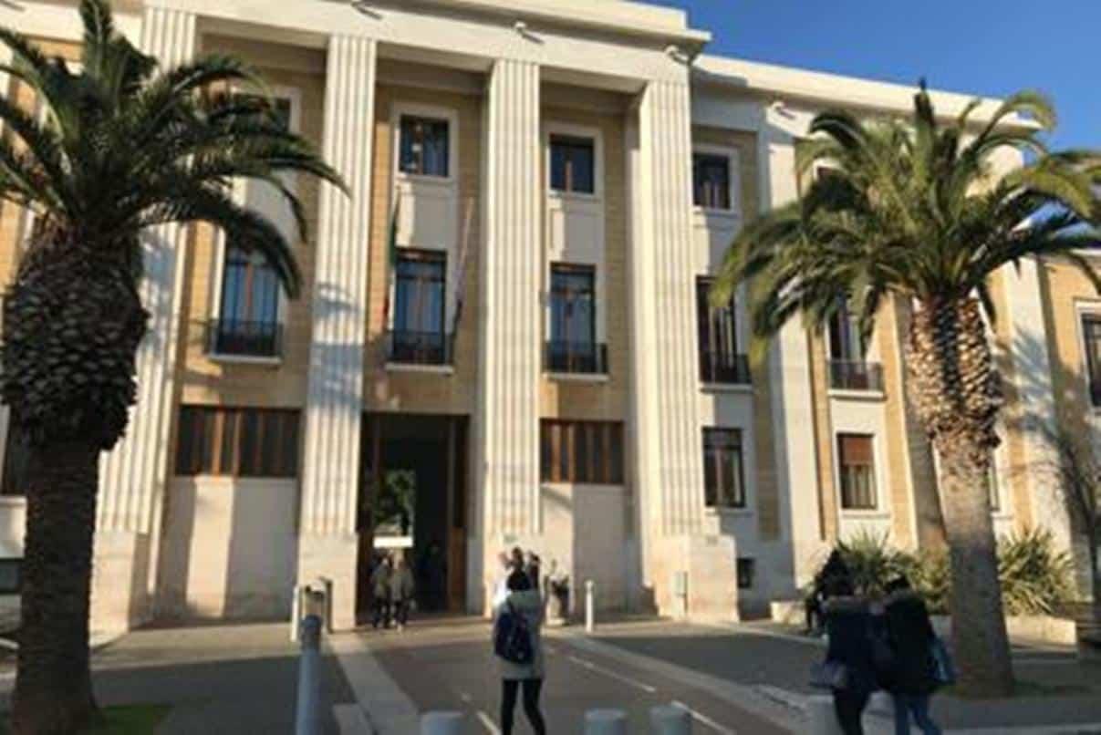 Terzo caso sospetto in pochissimi giorni di Coronavirus in Puglia, donna di 43 anni ricoverata al Policlinico di Bari