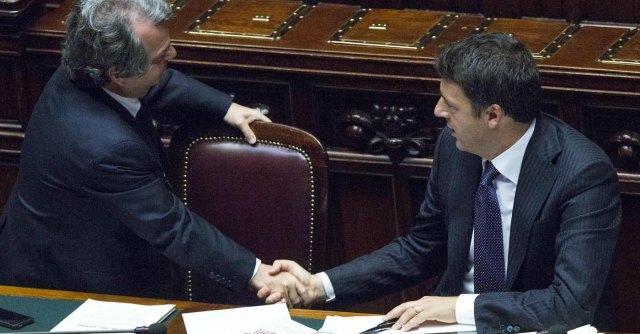 """Renato Brunetta proposta choc, """"Con Matteo Renzi e tutto il centrodestra diamo vita subito a un nuovo governo"""""""