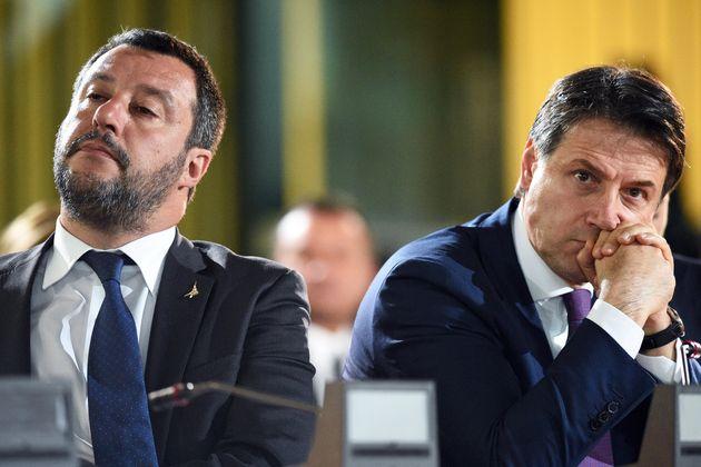 """Venti di crisi di governo, Matteo Salvini, """"Solo ora tutti gli italiani possono capire perché in estate la Lega ha lasciato il governo e sette ministri"""""""