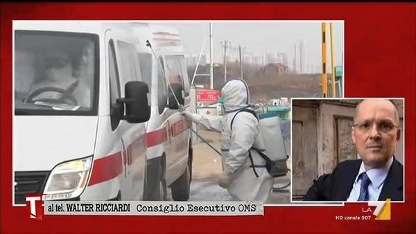 """Coronavirus, Walter Ricciardi dell'Organizzazione Mondiale della Sanità bacchetta Conte e il suo governo: """"Gravissimo errore non mettere in quarantena le persone arrivate dalla Cina in Italia"""""""