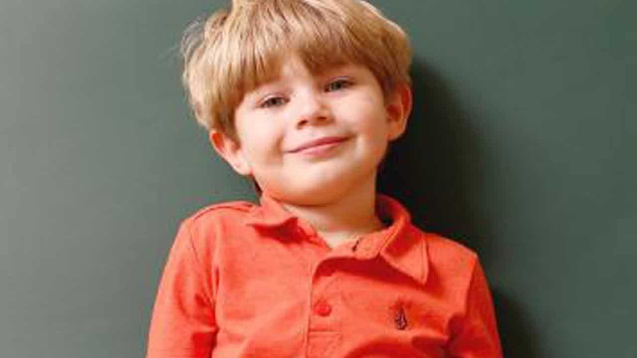 Elijah il bambino di 4 anni che ha poteri paranormali che riceve i messaggi dal mondo degli spiriti
