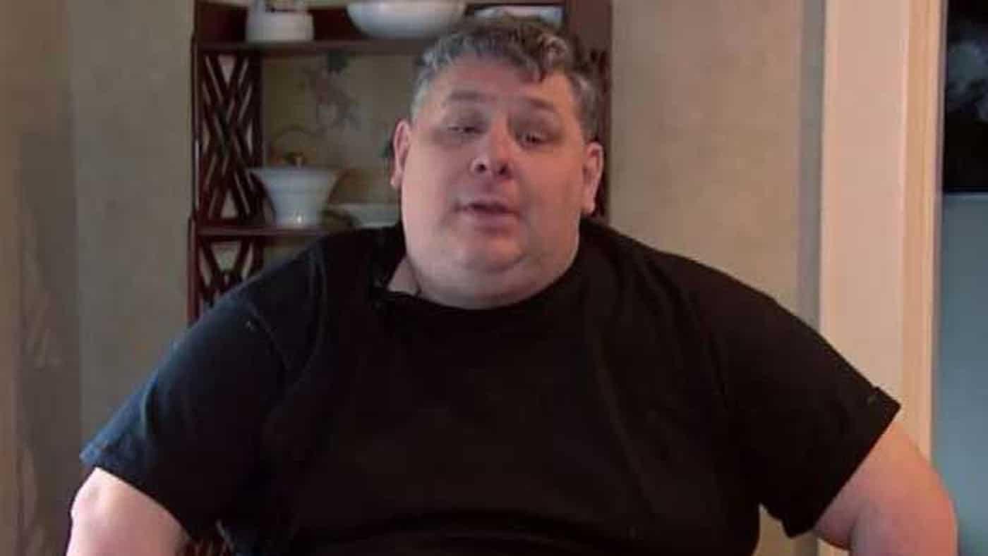 Disabile di 42 anni ride in casa così forte da rischiare di essere rinchiuso in carcere