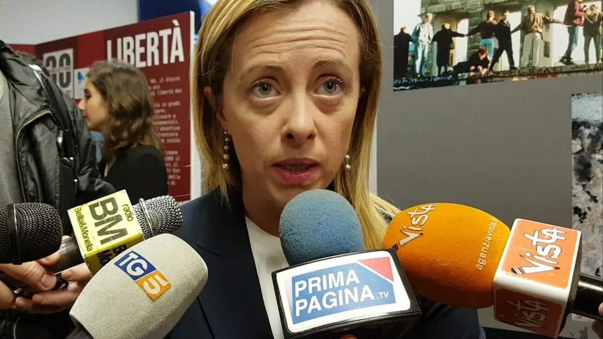 """Coronavirus, Giorgia Meloni """"Conte non si illuda che questa emergenza possa salvare il governo"""""""