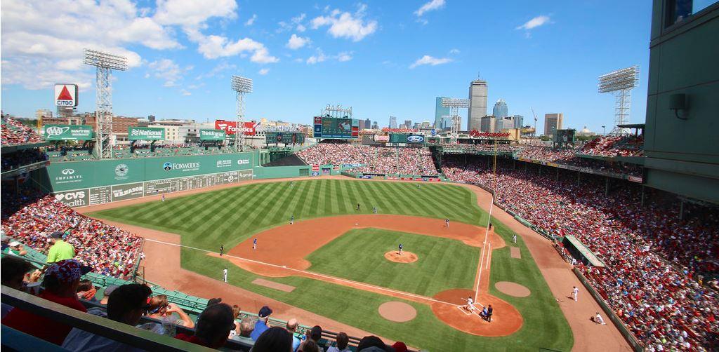 Tre ragazzi devono andare a vedere una partita di baseball, hanno un biglietto in più e quello che accade dopo è incredibile