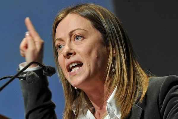 """Giorgia Meloni appoggia Matteo Renzi sulla prescrizione """"""""non ho mai avuto in simpatia Renzi, ma la sua è una battaglia in difesa del diritto"""""""