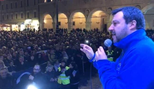 """Salvini attacca Conte """"invece di preparare l'agenda per 2020-2023 deve preparare gli scatoloni!"""""""