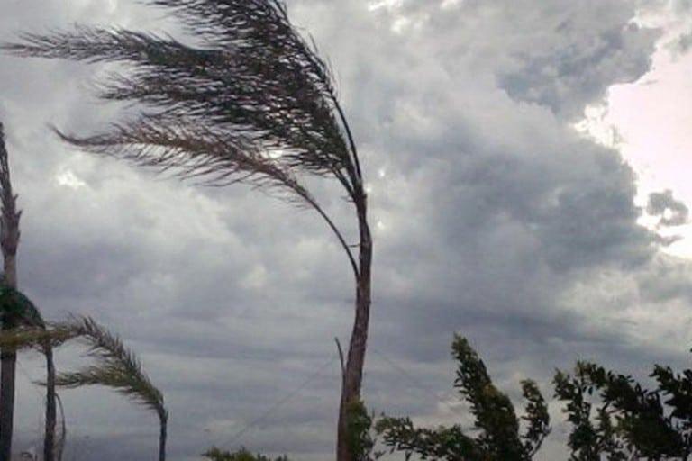 Allerta meteo a Bari e provincia per vento forte, previste raffiche di burrasca