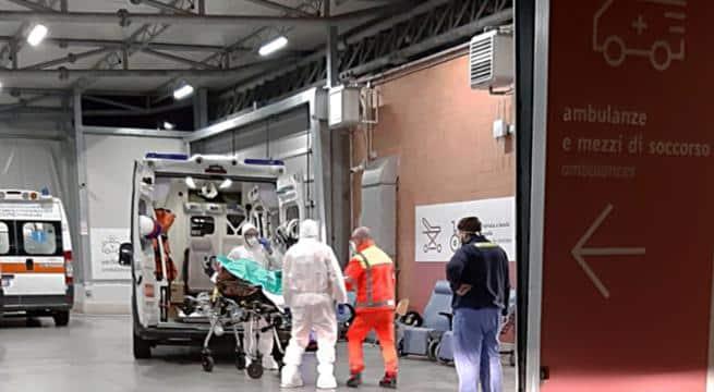 Coronavirus a Bari, accertato caso positivo nel capoluogo pugliese, Decaro le scuole e le università rimarranno aperte