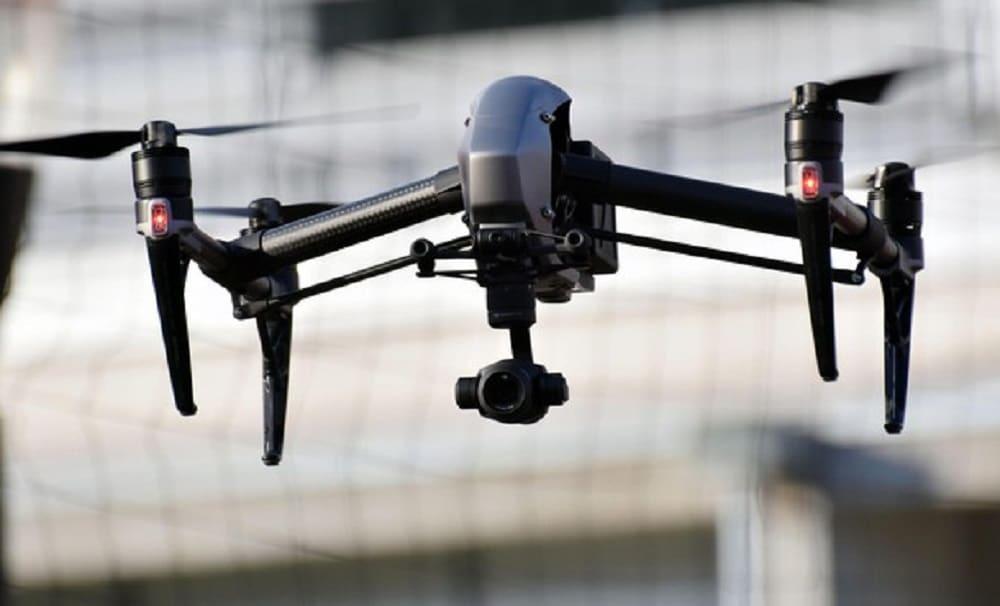 Emergenza Coronavirus a Bari, da stamattina i droni controlleranno la città, vietati assembramenti, uscire di casa solo per necessità, si rischia arresto fino a 3 mesi