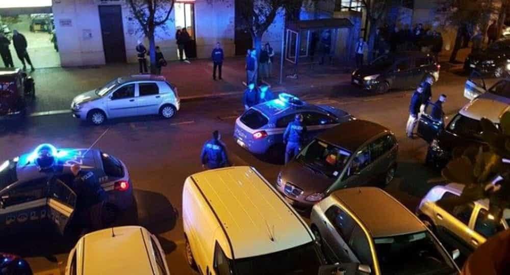 Bari la sera si continua a sparare, killer in azione al San Paolo, diversi colpi di pistola esplosi contro un'auto
