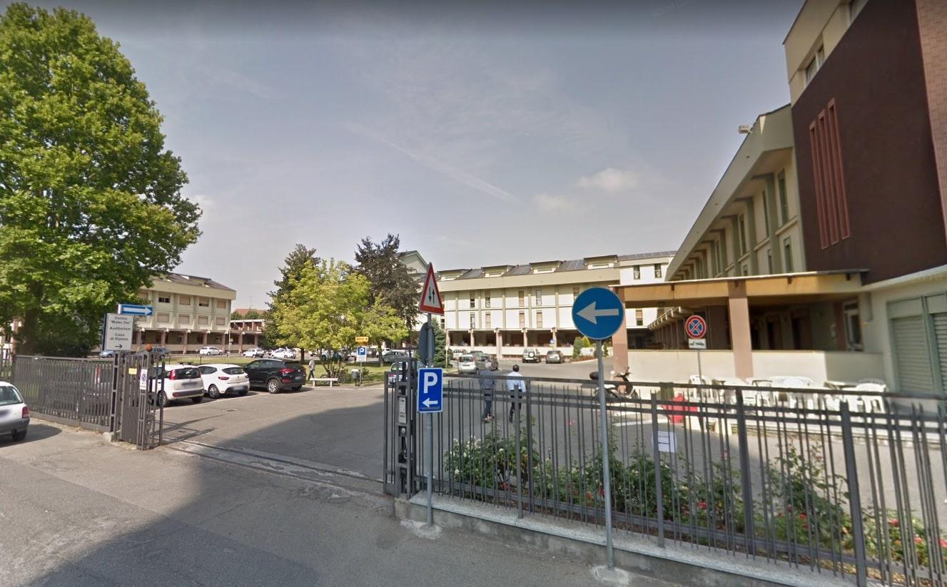 Coronavirus a Bari, alla Mater Dei si diffonde il contagio, positivi un medico anestesista e cinque infermieri