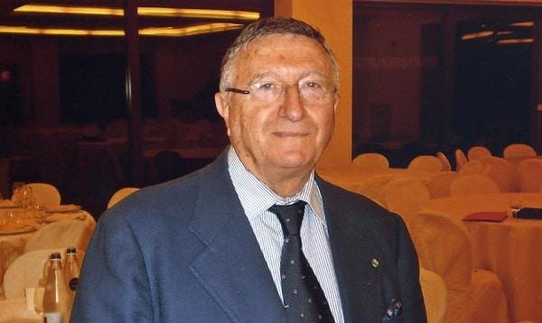 """Coronavirus, Giulio Tarro: """" Sole e mare sono antivirali, bisogna stare all'aperto"""""""
