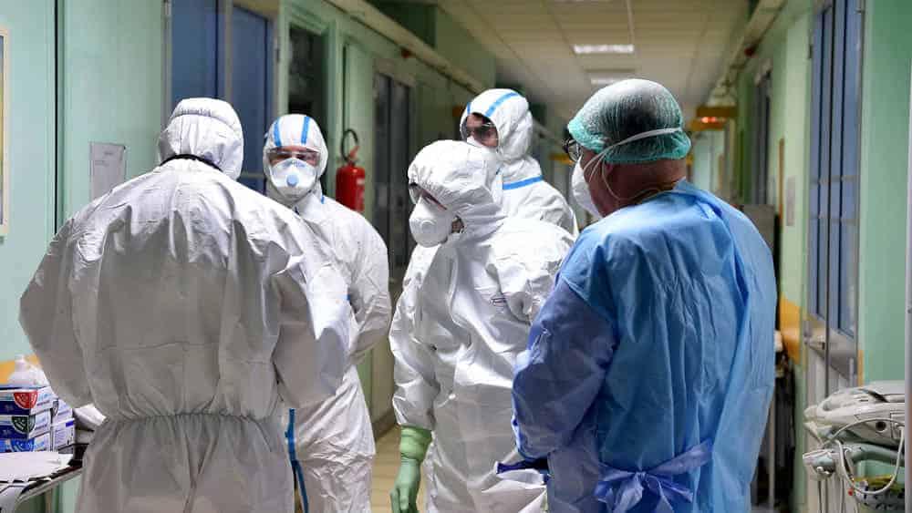 Emergenza covid-19, 20enne di origine africane positivo al virus scappa dall'ospedale è caccia all'uomo