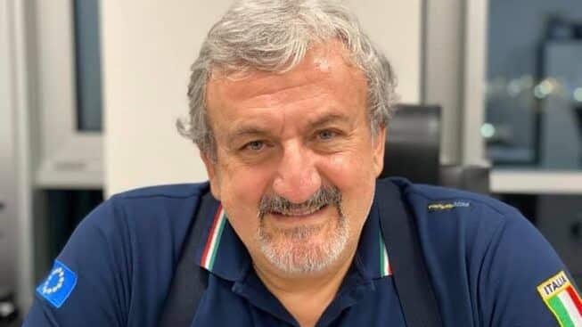 """Coronavirus Puglia, Emiliano: """"Stiamo creando una rete di laboratori per effettuare 5mila tamponi al giorno"""""""