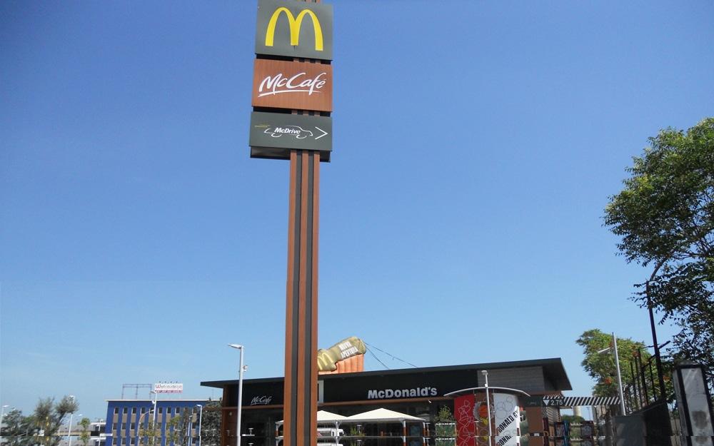 Coronavirus Bari, da oggi apre il McDonald's ma solo con il servizio Mc Drive