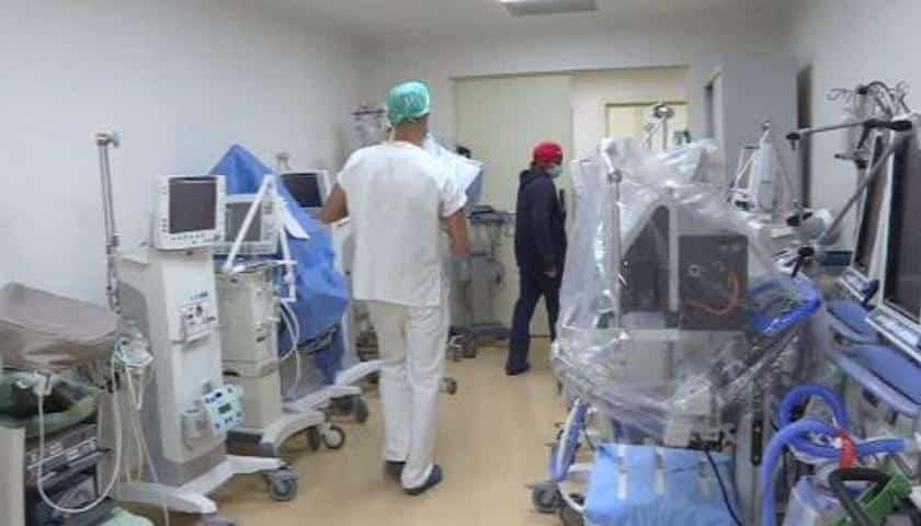 Bari, al Policlinico chiude il reparto Covid Hospital i pochi pazienti ricoverati trasferiti al reparto malattie infettive