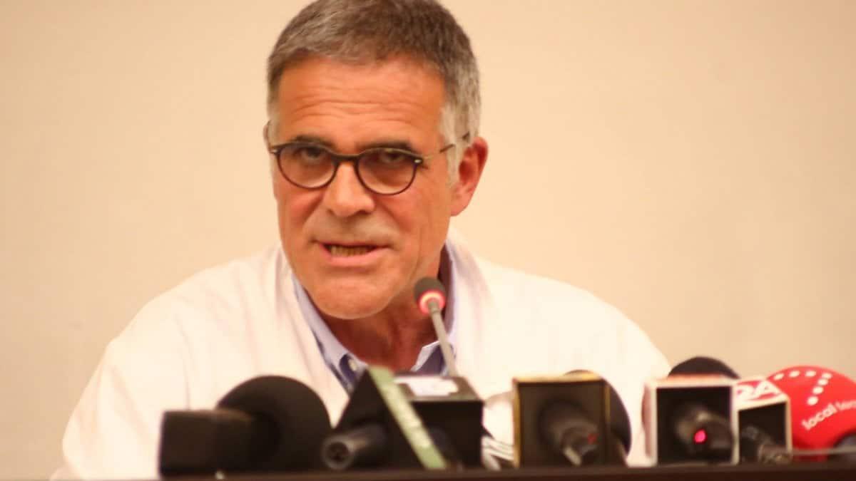 """Coronavirus, il primario del San Raffaele di Milano """"sono 21 giorni che non c'è un malato che arrivi nella mia terapia intensiva, su coronavirus non si dice la verità"""""""