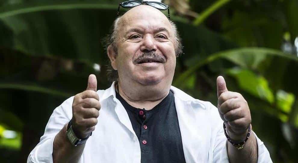 Emergenza Covid-19, l'attore barese Lino Banfi regala 270 chili di orecchiette ai più bisognosi