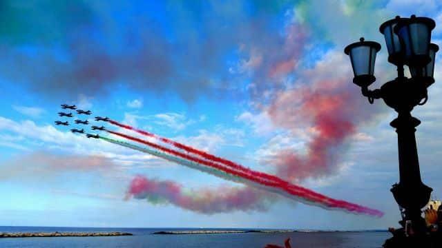 Le frecce tricolori sfrecceranno nel cielo di Bari, per il 28 maggio atteso il ritorno della Pattuglia acrobatica che il mondo ci invidia