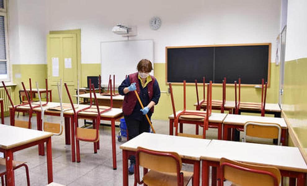 Coronavirus scuola, il rientro a scuola nella più totale incertezza, lunedì 8 giugno sciopererà il personale della scuola statale