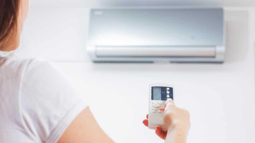 """Emergenza Covid-19, il dilemma sui condizionatori, per il Prof. Ruggiero di Bari """"i climatizzatori riducono contagio!"""""""