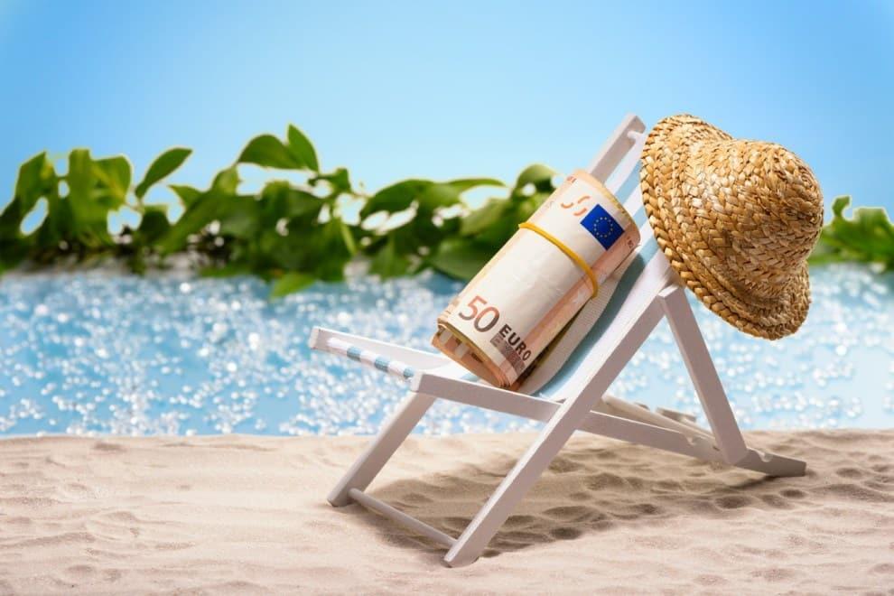 Bonus vacanze di 500 euro ma non spetta a tutti, come funzione e chi potrà usufruirne